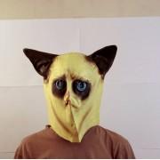 Маска грустной кошки